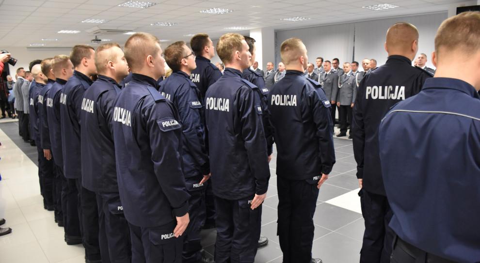 Wyższe pensje dla policji, strażaków i straży granicznej od lutego? Szybszy dodatek za pozostanie w służbie