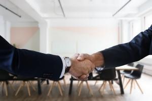 Biznes, mimo dawnych różnic, łączy się i reaktywuje Radę Przedsiębiorczości