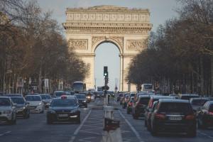 Ogromne koszty strajku przeciwko reformie emerytalnej we Francji