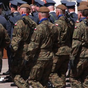 Mariusz Błaszczak: przez ostatnie pięć lat liczba żołnierzy wzrosła o ok. 33 tys.
