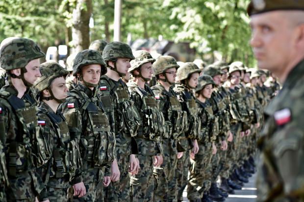 Wojsko skończy zaskakiwać pracodawców? Jest propozycja zmian w ustawie