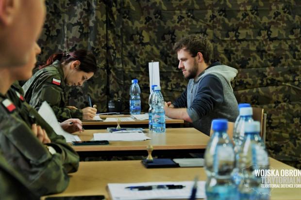 W Kutnie kolejni ochotnicy WOT złożyli przysięgę wojskową