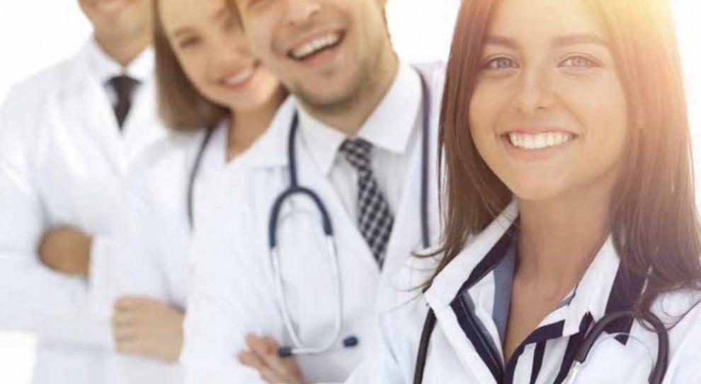 Lekarze z niższymi kwalifikacjami?