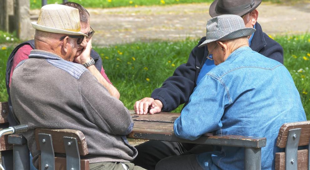 Opozycja zaproponowała poprawki do ustawy o trzynastych emeryturach i rentach