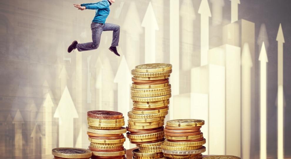 Osoby po rozwodzie i rodzice mają największą wiedzę finansową