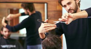 Obostrzenia z powodu COVID-19. Rząd zamyka sklepy budowlane i meblowe, salony urody i fryzjerskie