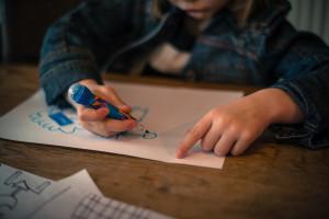 Przedszkolanka z zarzutami znęcania się nad dziećmi