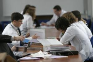 NRL: niech lekarze pojadą na Ukrainę i przywiozą nam potrzebny dokument