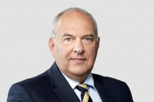 Kościński: Powinna powstać lista firm uciekających do rajów podatkowych