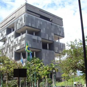 Zarząd i pracownicy brazylijskiego giganta naftowego w klinczu