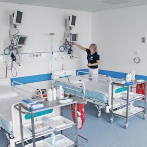 Podliczyli, ile kosztowały nas szpitale tymczasowe. Gigantyczna kwota