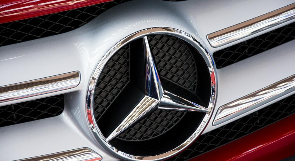Daimler redukuje kadrę kierowniczą marki Mercedes-Benz