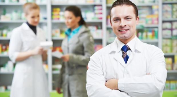 Spadek liczby aptek może zlikwidować brak rąk do pracy