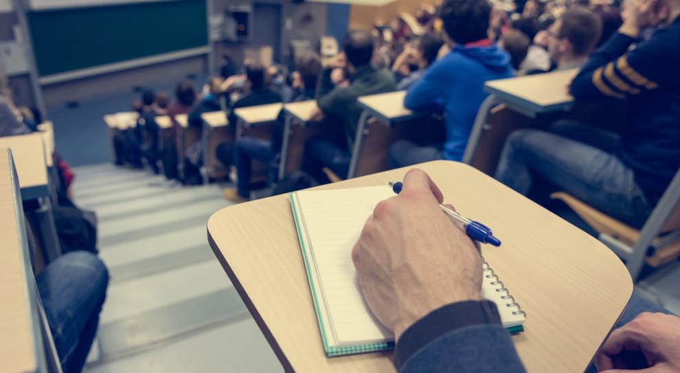 Uniwersytet Jagielloński: Studenci skarżą wykładowcę o dyskryminację i molestowanie