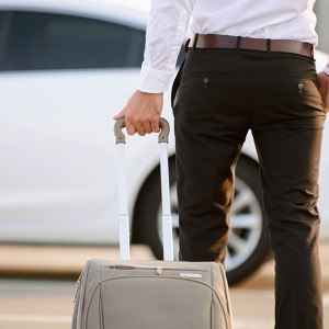 Oni najczęściej na podróż służbową wynajmują samochody