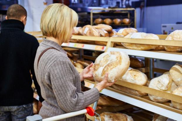 Tesco chce przekształcać piekarnie w sklepy. Pracę może stracić ponad 1,8 tys. ludzi