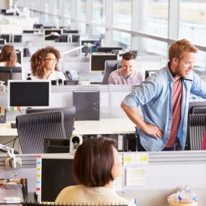W tym sektorze pensje rosną. Najwięcej zyskają osoby początkujące