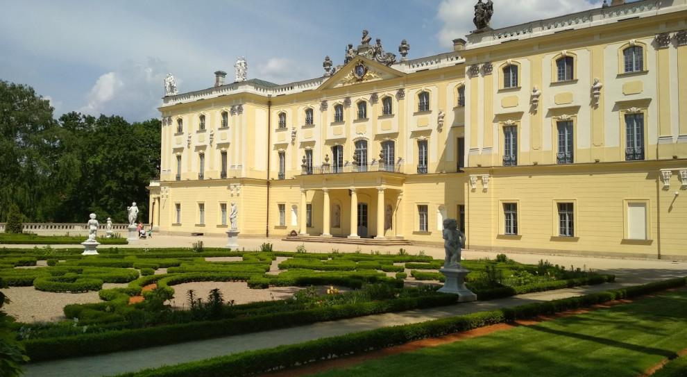 Uniwersytet Medyczny w Białymstoku wstrzymał wyjazdy i przyjazdy z zagranicy
