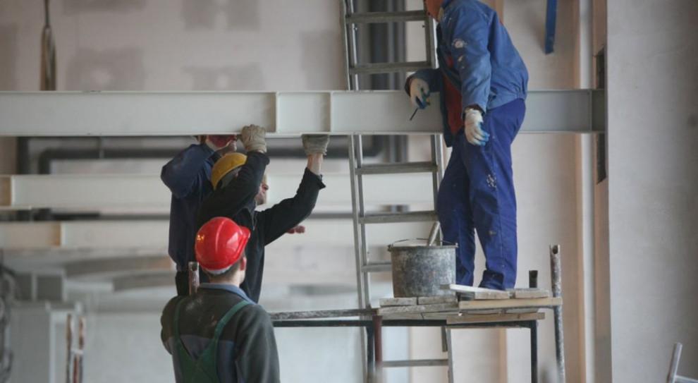 Branża budowlana ma coraz mniejsze problemy z brakiem kadr i drożejącymi materiałami