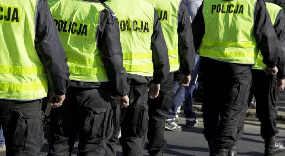 Będą podwyżki dla policjantów i strażaków. Rząd przyjął rozporządzenia