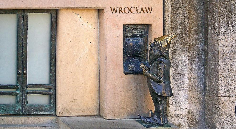 Wrocławskie uczelnie z powodu koronawirusa odwołują imprezy powyżej 200 osób
