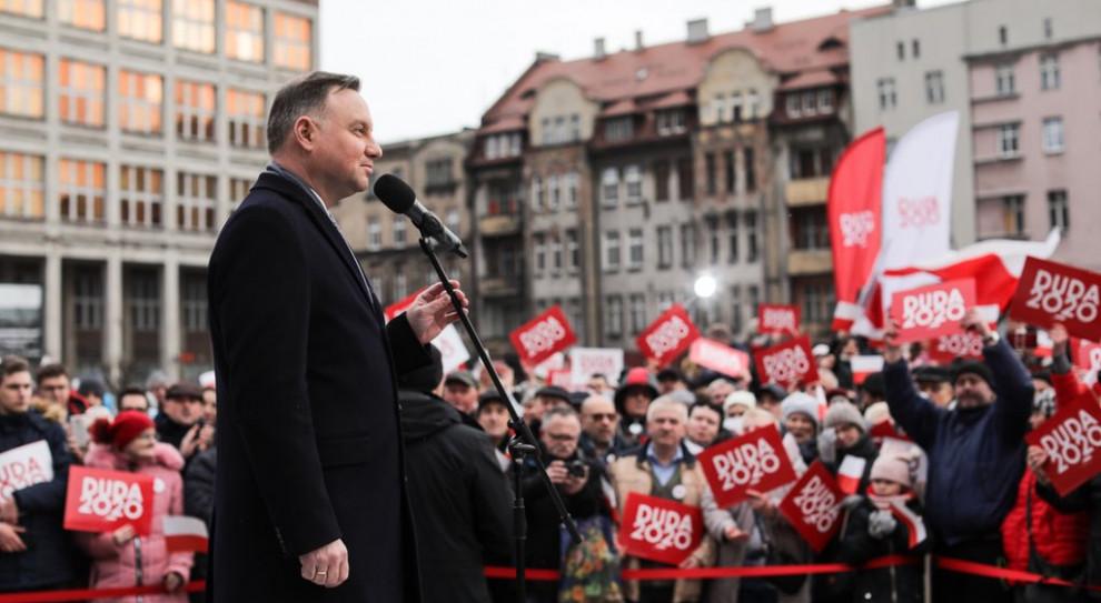 Prezydent: 500 plus i 300 plus to inwestycja państwa w polską rodzinę