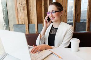 Płace kobiet różnią się od siebie także w branży IT