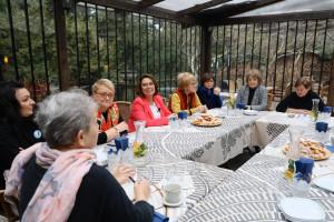 Kongres Kobiet przekazał Małgorzacie Kidawie-Błońskiej projekt ustawy dot. dyskryminacji płacowej kobiet