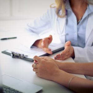 Ginekolog oskarżony m.in. o spowodowanie kalectwa u noworodka