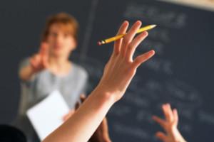 Zdalne nauczanie na Węgrzech. Nauczyciele tracą pracę