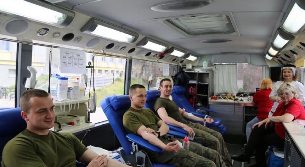 Prawie 95 litrów krwi oddali podchorążowie przez ostatnie 3 dni
