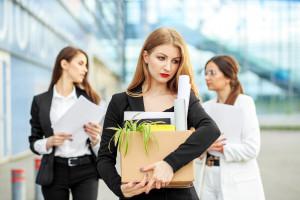 Miejsca pracy zagrożone. Szykuje się fatalny rekord