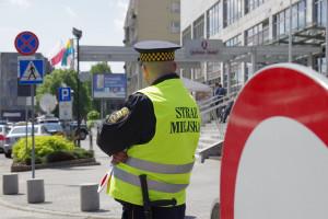 Straż miejska walczy z epidemią, ale innych obowiązków nie ubyło