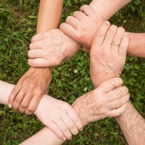 W Wielkiej Brytanii wolontariusze zgłaszają się do pomocy w walce z koronawirusem