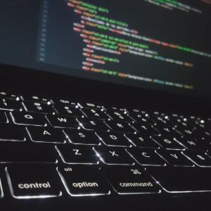 Powstała baza pomysłów IT na walkę z koronawirusem