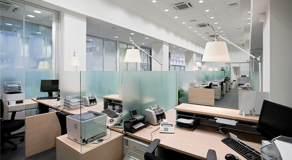 Skończył się czas dostosowywania biura pod pracowników
