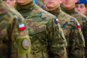 Ministerstwo ułatwia drogę do wojska