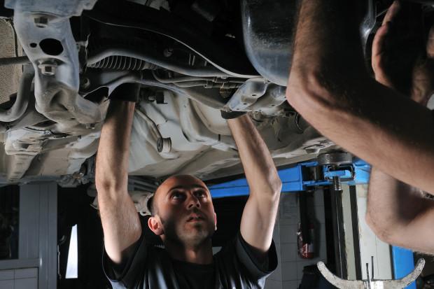 Branża automotive rozważa zwolnienia pracowników