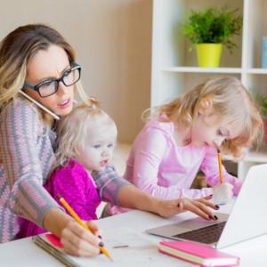 Koronawirus a praca zdalna. Jak pracować z domu z dziećmi?