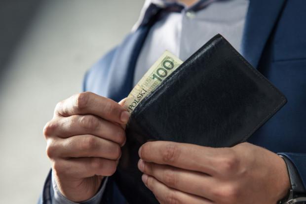Dochód rozporządzalny kolejny rok w górę