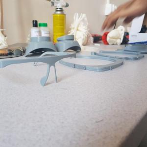 Studenci GUMed produkują maski ochronne dla lekarzy