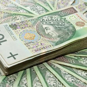 Pracodawcy zawnioskowali o niemal 700 mln zł wsparcia