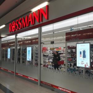 Rossmann wspiera pracowników. Otrzymają pomoc finansową