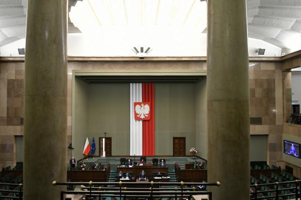 Strona społeczna RDS gotowa na Tarczę 2.0 i przeciwna ingerencji w autonomię Rady