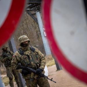 Ponad 8,5 tys. żołnierzy i pracowników wojska walczy z koronawirusem
