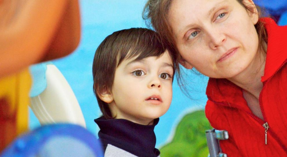 ZUS: już ponad 235 tys. wniosków o dodatkowy zasiłek opiekuńczy