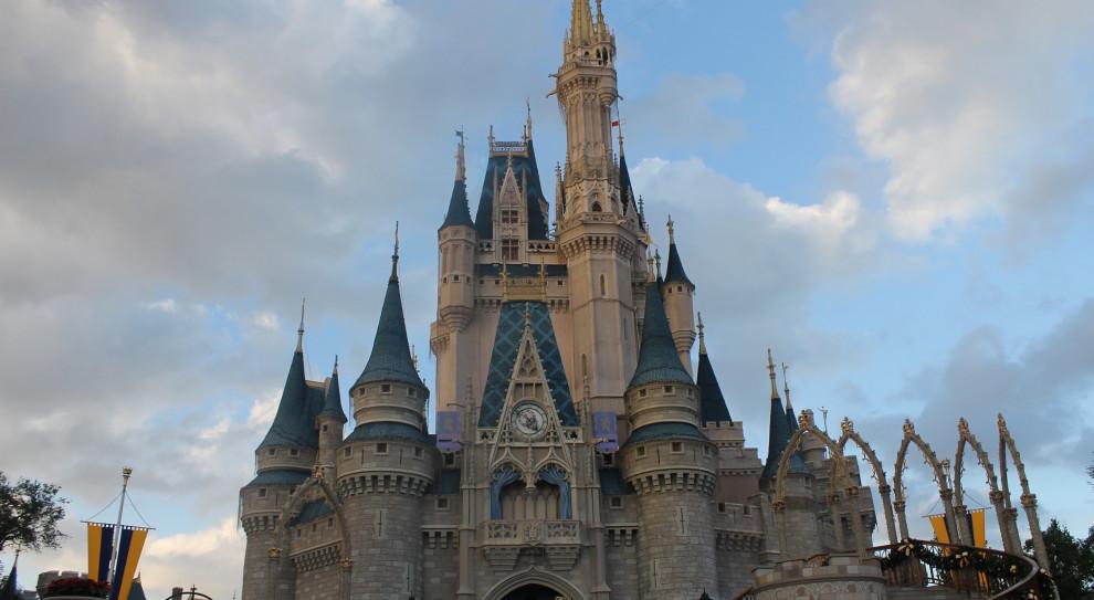 Disney wysyła pracowników na postojowe