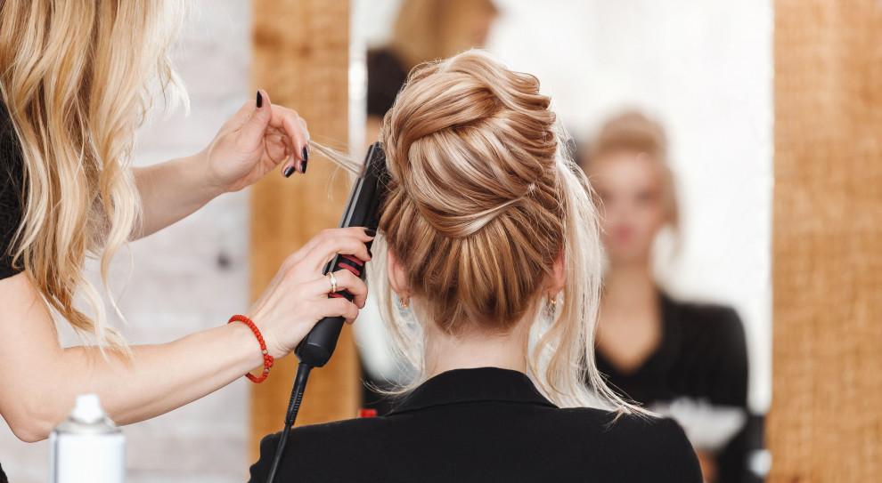 Po zniesieniu ograniczeń ruszymy do fryzjera i kosmetyczki