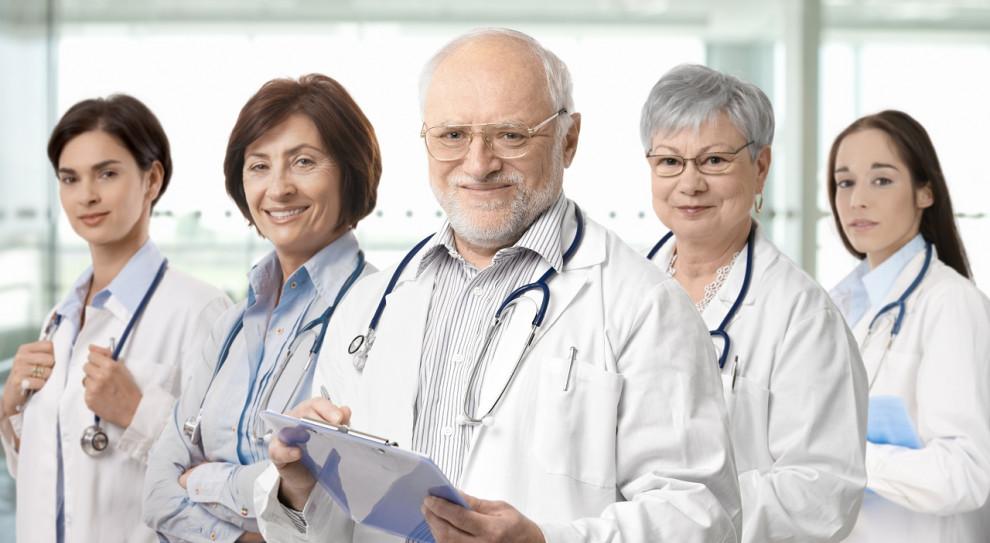 Na 100 osób skierowanych do podmiotów leczniczych i DPS-ów zgłosiło się 15