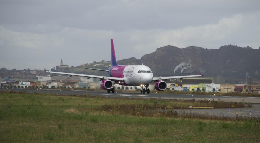 Linie Wizz Air zwalniają pracowników z powodu skutków pandemii